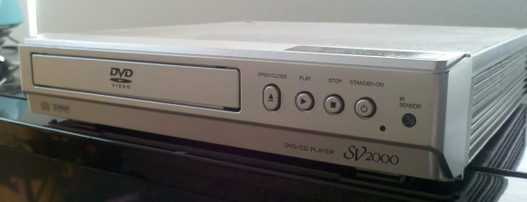 Funai-SV2000-DVD-Player