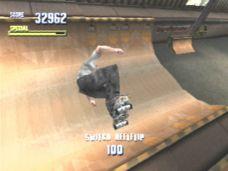 172950-tony-hawk-s-pro-skater-playstation-screenshot-halfpipes-help